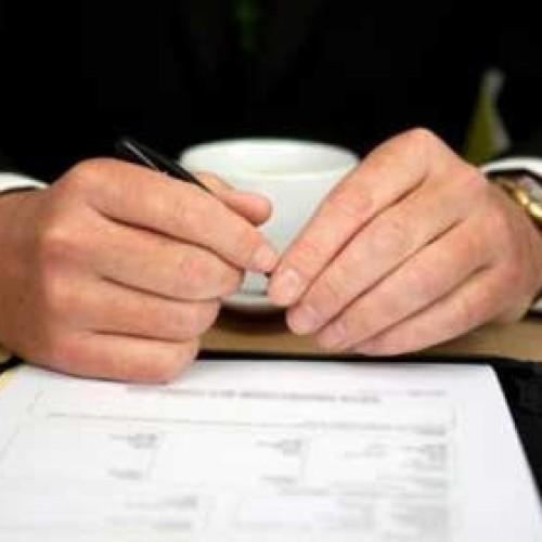 Piszemy umowę darowania pojazdu mechanicznego