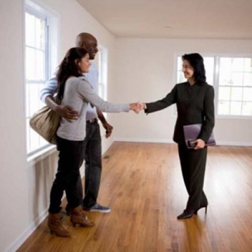 Czy stanowisko pośrednika nieruchomości jest wymagające?