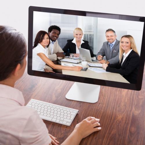 W jaki sposób prowadzić rozmowy z klientami?