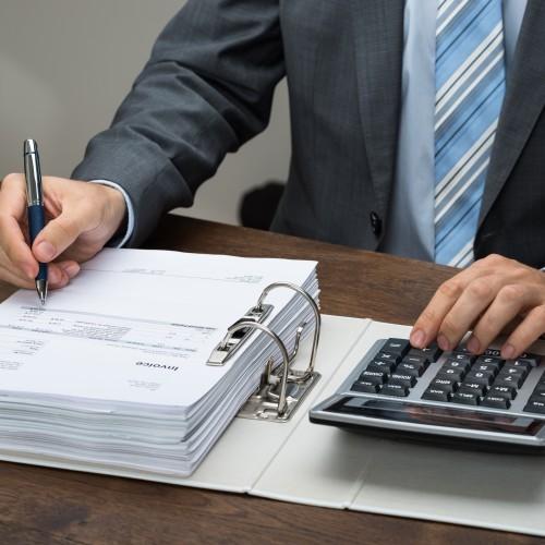 Wydatki na aplikację prawniczą – kiedy można odliczyć od przychodu?
