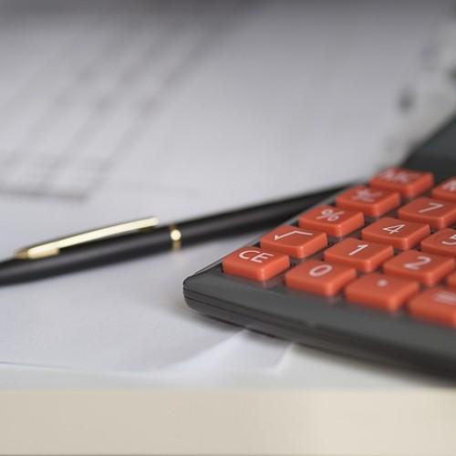 Rząd uderzy w kieszenie przedsiębiorców? W styczniu wzrośnie płaca minimalna